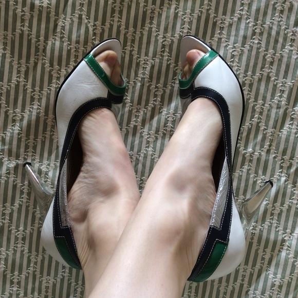 bebe Shoes - Race Car Babe Leather Color Block Peep Toe Heel